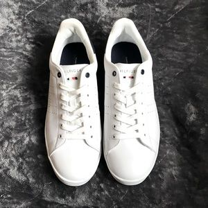 NWT Men's Tommy Hilfiger Liston Sneaker Shoes